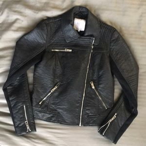 Re-Posh Pre-Loved Leather Jacket by Zara